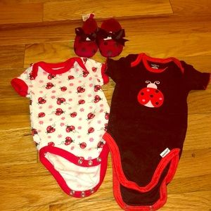 Other - Onesies with matching shoes for baby girl